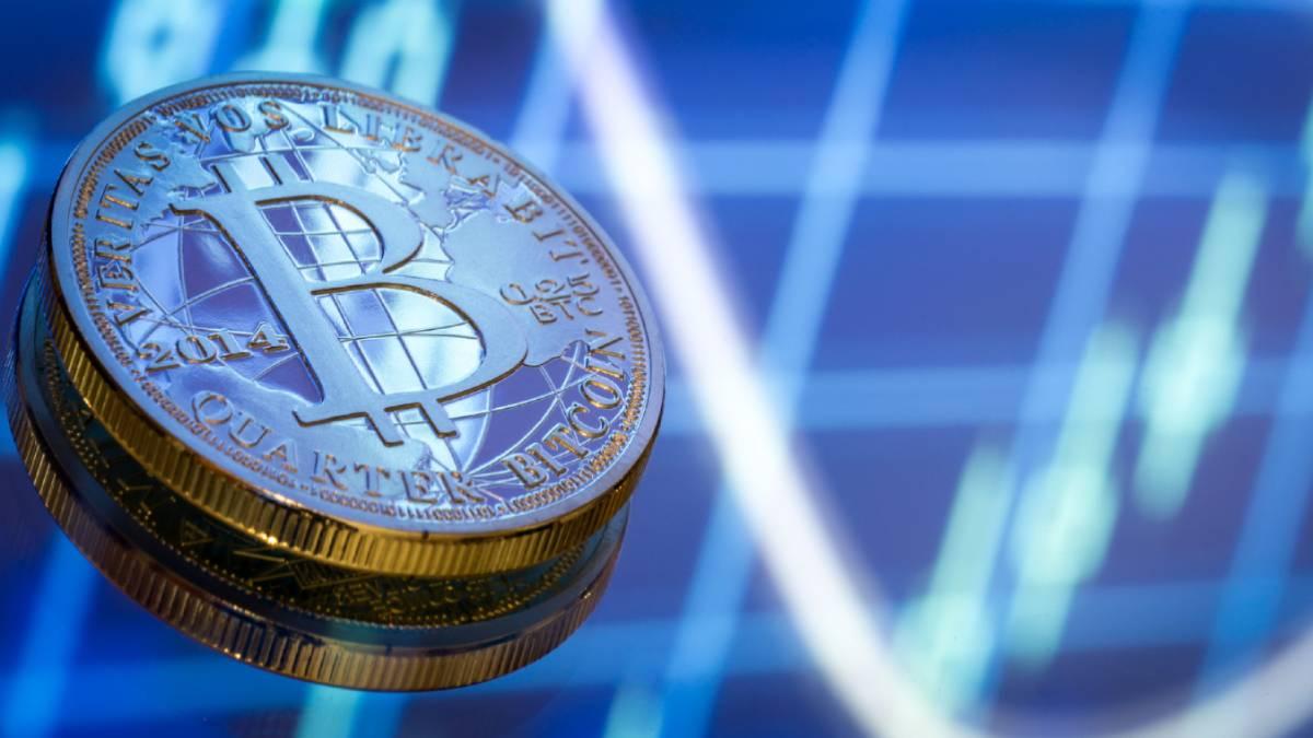 Precio del Bitcoin se recupera del descenso y continúa su camino al alza