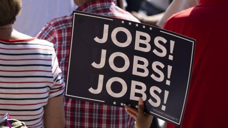 Nóminas de pago privadas en EE. UU. suman 517.000 nuevos empleos