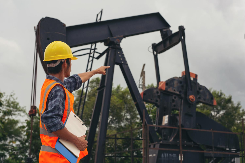Petróleo Brent cae un 0,94% llegando a 63,57 dólares por barril