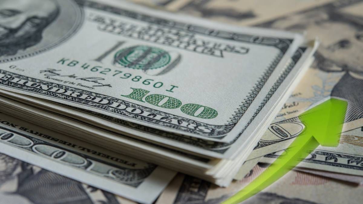 Precio del dólar al alza tras recuperación económica de EE.UU.