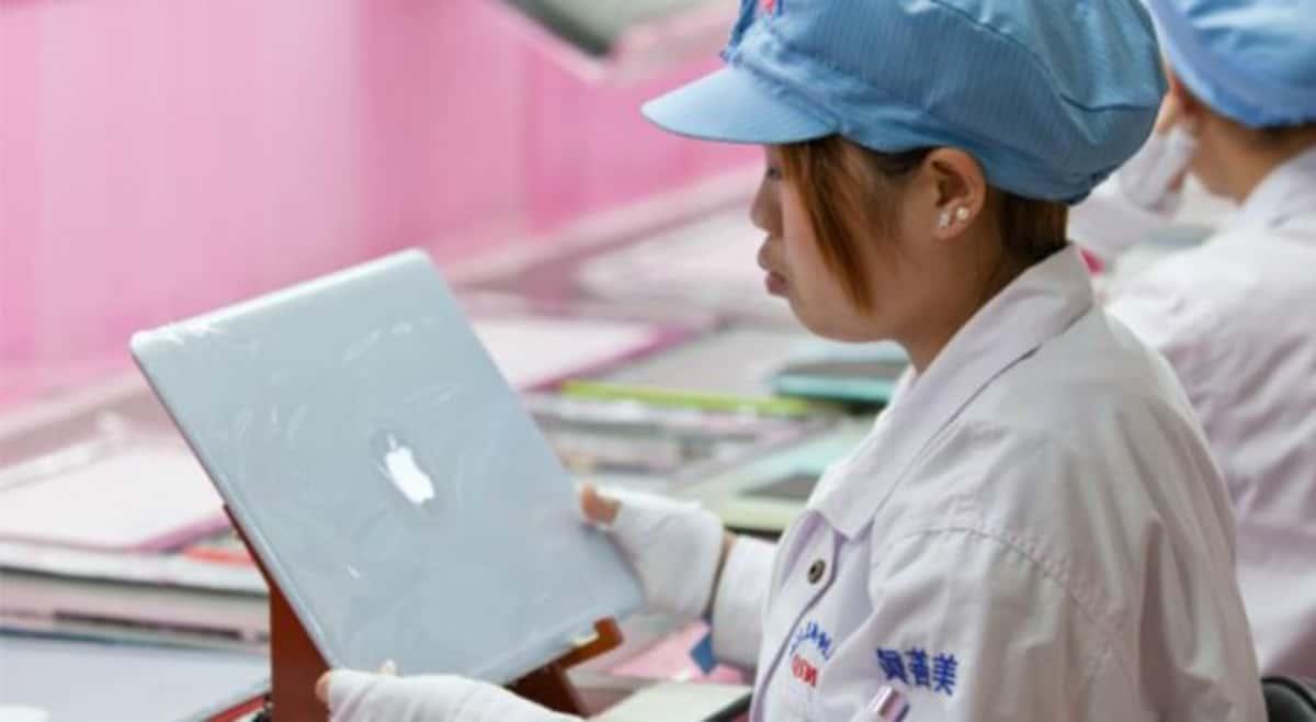 Apple afectado en su producción por problemas en los suministros de chips