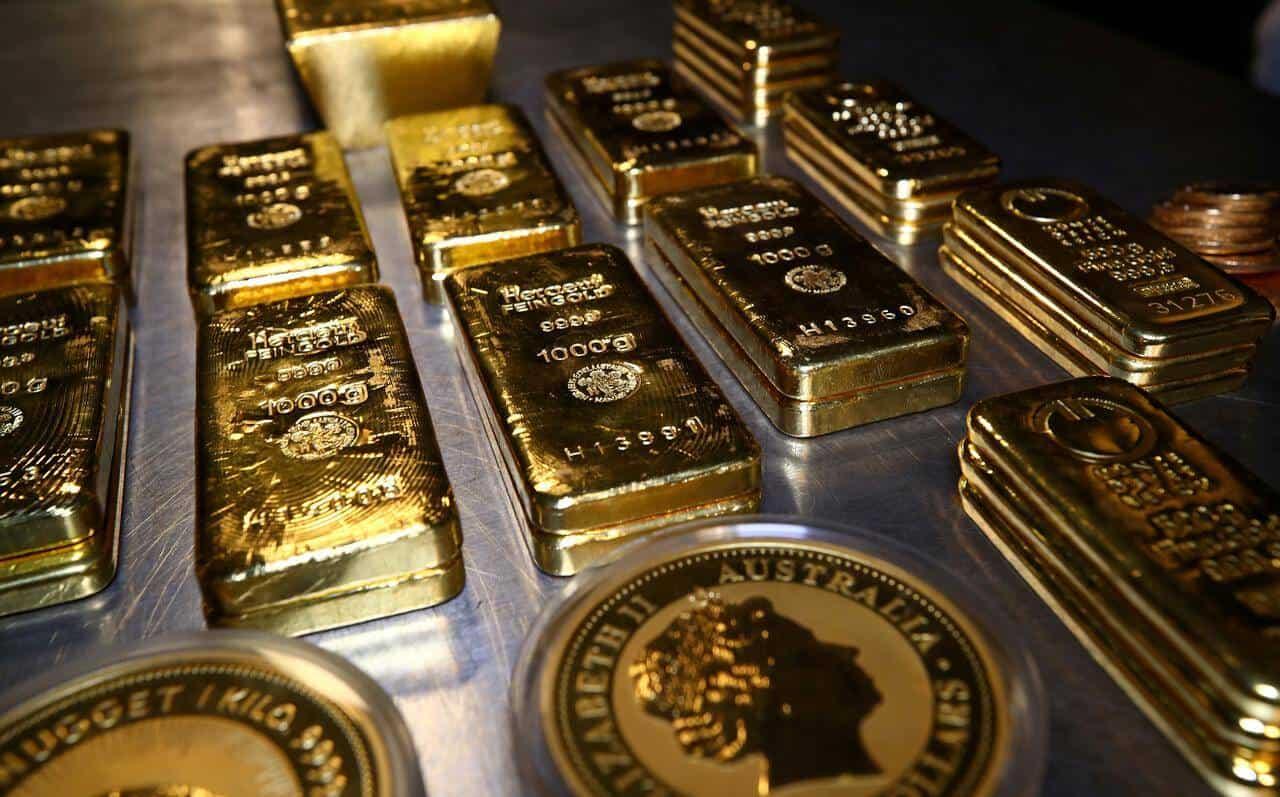 Precio del oro tuvo una caída en medio de tendencia alcista