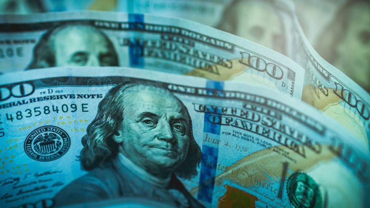 Precio del dólar al cierre de la sesión de hoy, martes 13 de abril