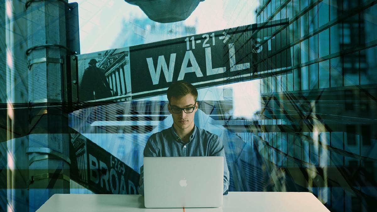 Wall Street cerró a la baja luego de alcanzar récords