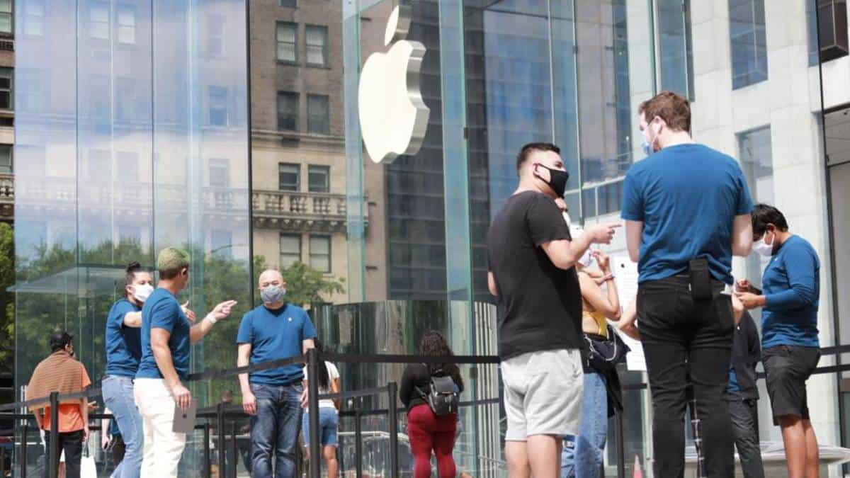 Apple abrirá tiendas físicas, aunque crezcan ventas online