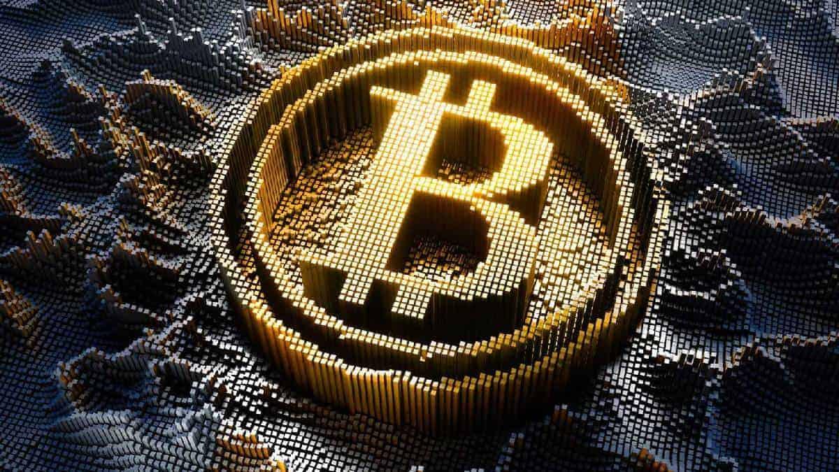 Bitcoin vuelve a los 32.000 dólares después de grave caída