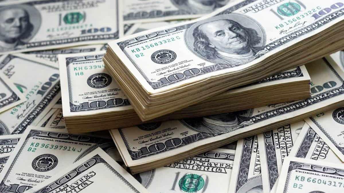 Precio del dólar sigue camino al alza tras anuncio de la Fed