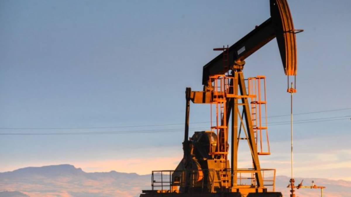 Precio del barril de petróleo WTI cierra al alza