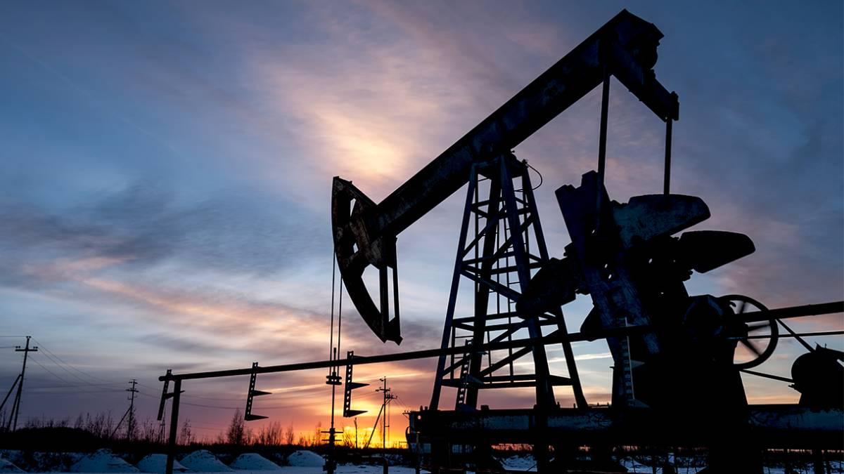 Precio del petróleo a nuevos máximos tras aumento en demanda