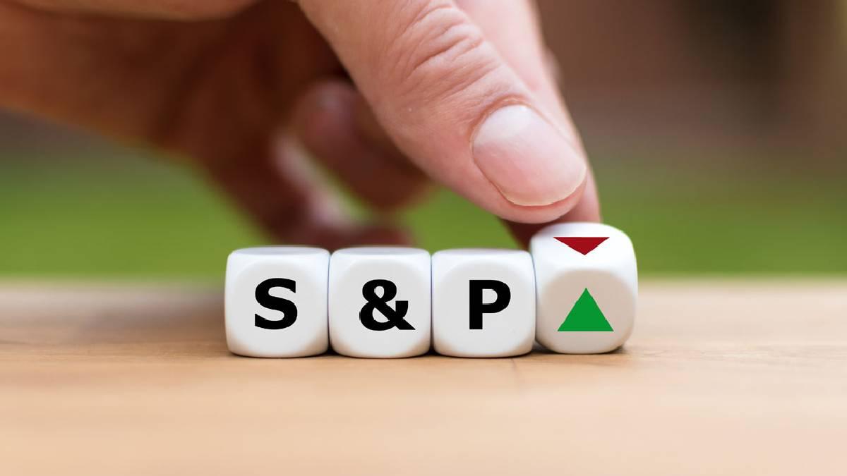 S&P 500 alcanza máximos impulsado por acciones bancarias