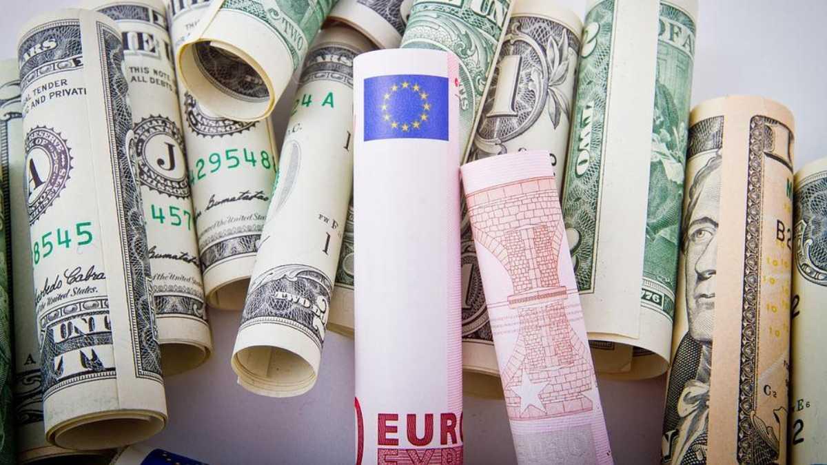 Precio del euro al alza por ventas de apuestas de riesgo