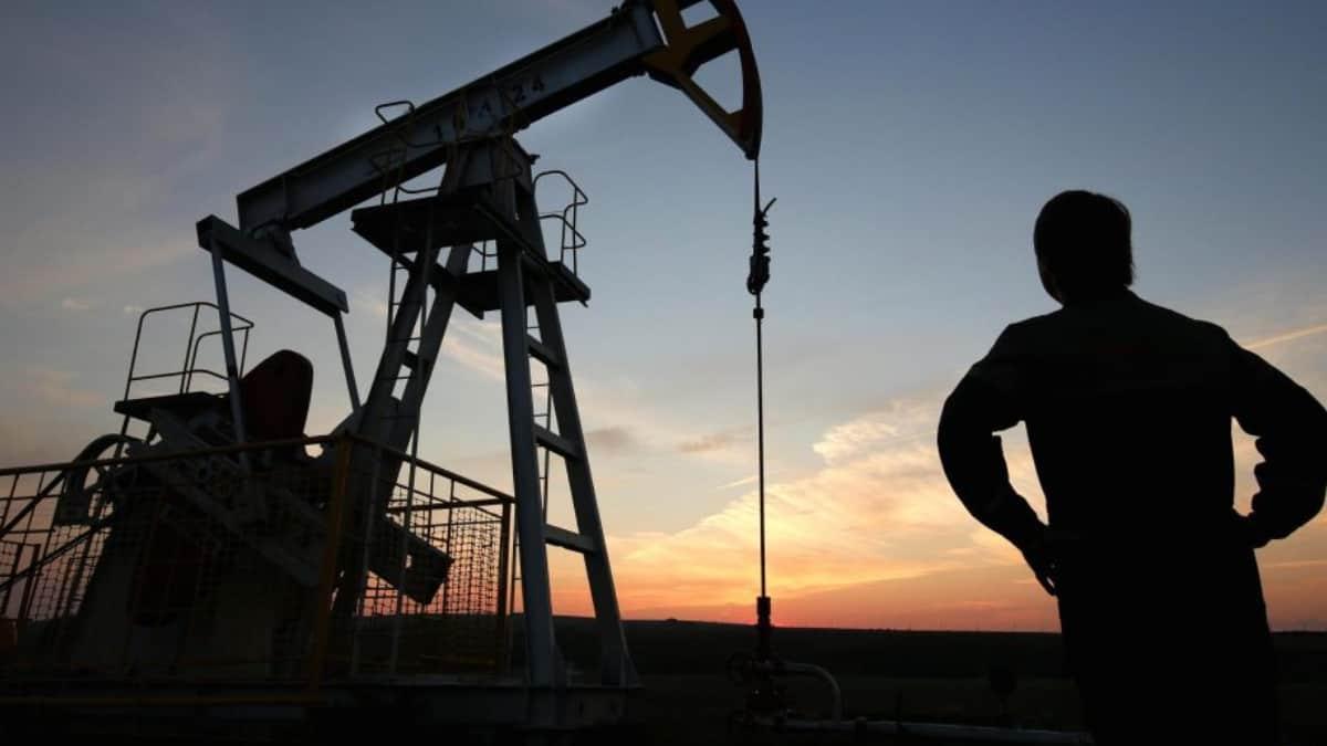 Precio del petróleo al alza tras escasez en su oferta