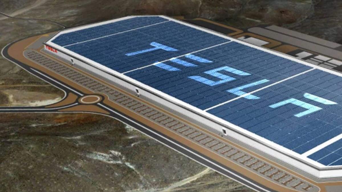 Aumentan acciones de Tesla tras posible autorización alemana