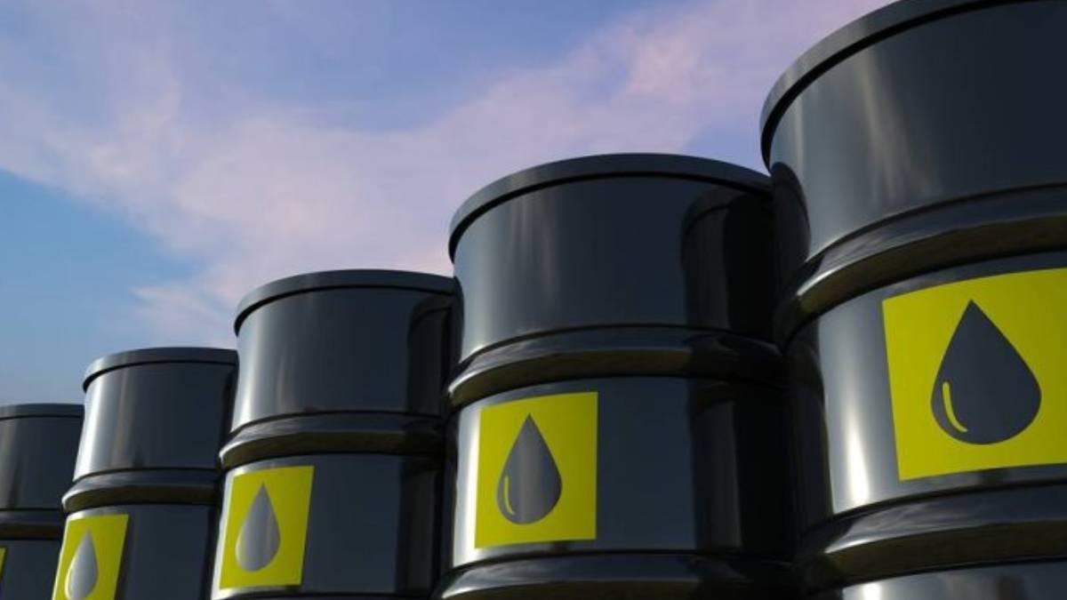 Precio del petróleo sube un 2% tras crisis energética global